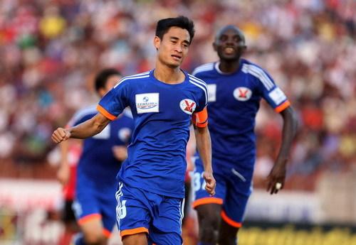 Mạc Hồng Quân bị đuổi, Than Quảng Ninh thua đau ở AFC Cup