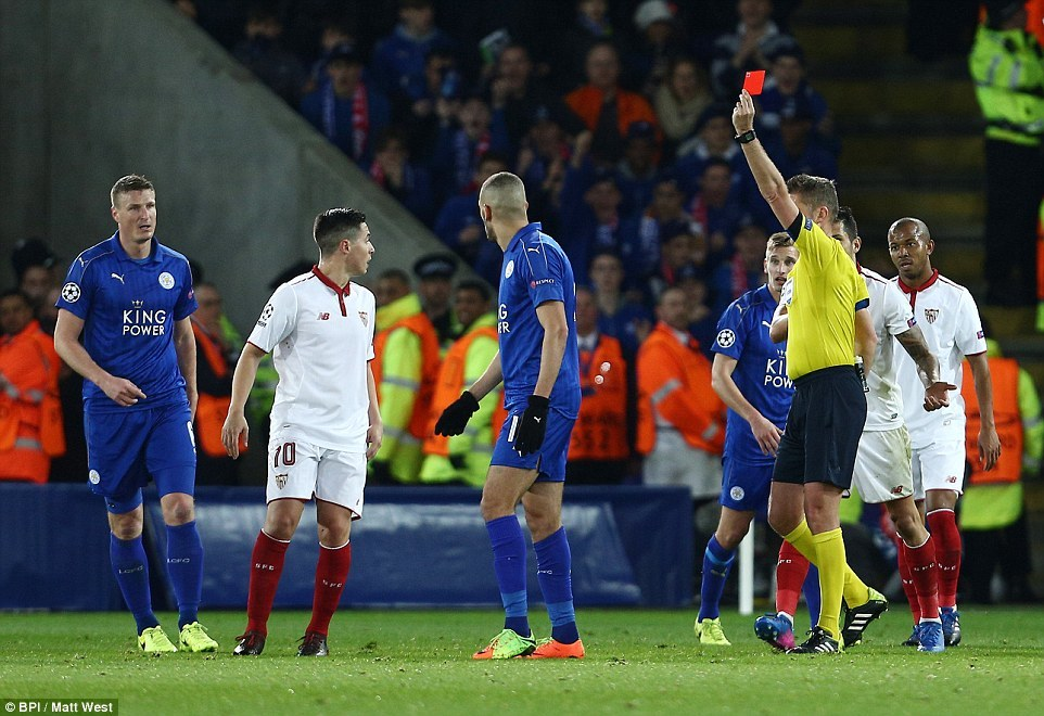 Leicester viết tiếp chuyện cổ tích ở Champions League