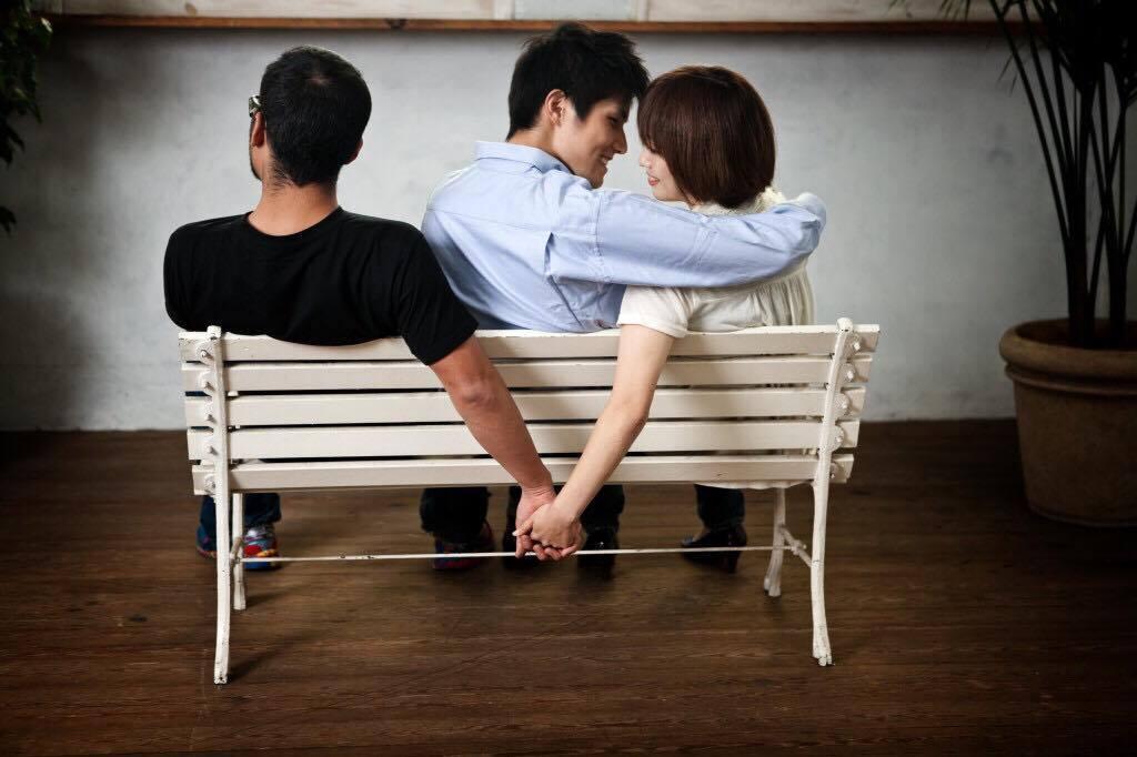 tự thú, vợ chồng, ngoại tình, trai lại, hôn nhân, hạnh phúc, tan vỡ