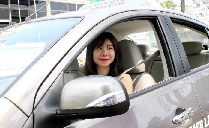 Thi lý thuyết lái xe ô tô: Tăng câu hỏi, giảm đáp án