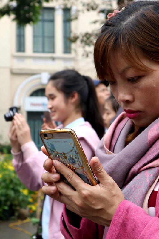 smartphone, dế yêu, làm đẹp, trang trí, rộ mốt, trào lưu