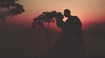 MC Thành Trung và vợ 9x 'nhá hàng' ảnh cưới lãng mạn