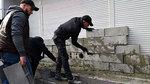 Nhà băng Nga ở Ukraina bị phe cực đoan bít cửa