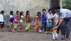 Thầy giáo 'liều' đưa học sinh đi nội trú