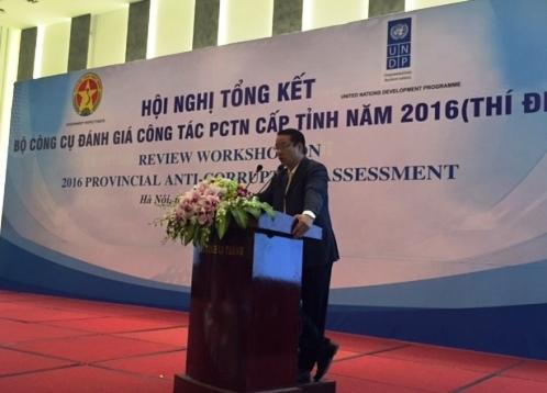 Cục trưởng Cục Chống tham nhũng, Phạm Trọng Đạt, trích tiền ngân sách tặng quà, phòng chống tham nhũng