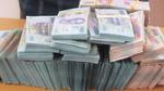Thanh niên 'cõng' 2 tỷ đồng qua biên giới