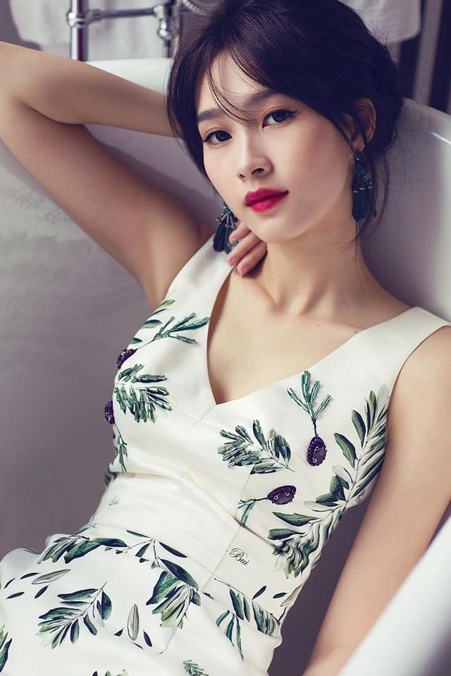 Lý giải nguyên nhân giàu nhanh khủng khiếp của Hoa hậu, Á hậu Việt