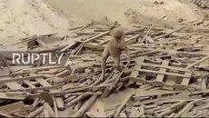 Thoát chết kỳ diệu sau khi bị đất sạt lở chôn vùi