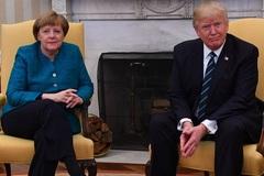 Khoảnh khắc kỳ cục giữa ông Trump và nữ Thủ tướng Đức