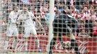 Ronaldo tịt ngòi, Real vẫn cho Barca hít khói