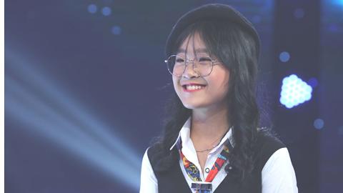 Bé gái 12 tuổi khiến NSND Thu Hiền tranh cãi với Quang Linh
