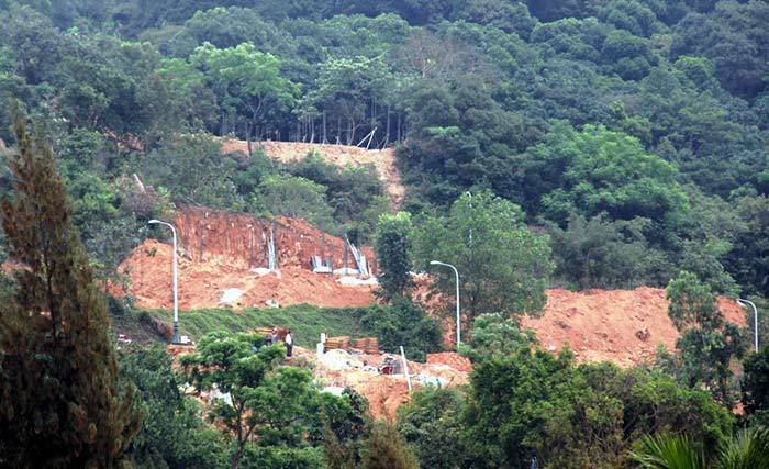 Hình ảnh 40 móng biệt thự không phép trên bán đảo Sơn Trà