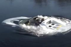 Xem siêu xe phong cách điệp viên 007 lặn như tàu ngầm