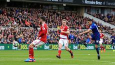 Vượt giông bão, MU nhảy lên đè mặt Arsenal