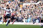 """Buộc Southampton ôm hận, Tottenham """"cắt đuôi"""" MU"""