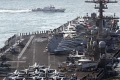 Triều Tiên tung video dội lửa mẫu hạm Mỹ