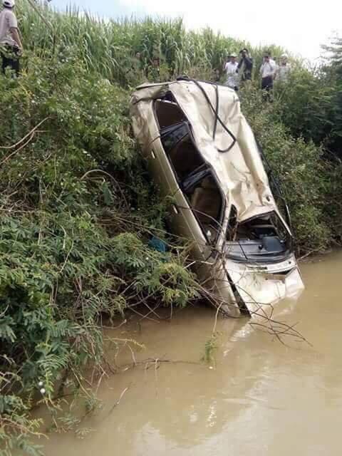 tai nạn giao thông, xe lao xuống sông, Bình Thuận