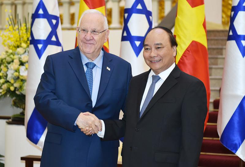 Tổng bí thư, Tổng bí thư Nguyễn Phú Trọng, Thủ tướng Nguyễn Xuân Phúc, Tổng thống Israel
