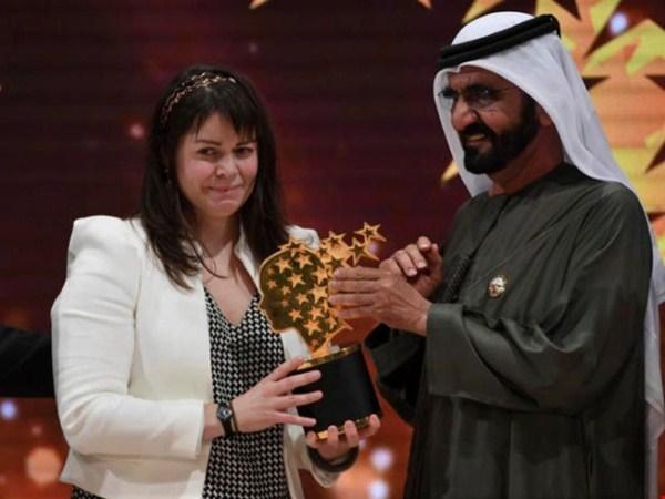 Dạy làm người tử tế, cô giáo đoạt giải Nobel giáo dục - ảnh 1