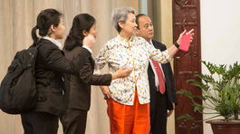Phu nhân Thủ tướng Lý Hiển Long giản dị ở TP.HCM