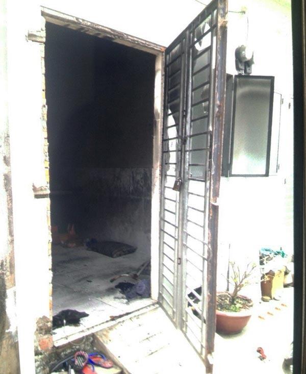 Phòng trọ bốc khói giữa đêm, cô gái trẻ tử vong