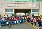 Vì sao khách Trung Quốc qua cửa khẩu Móng Cái tăng hàng nghìn người?