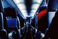 Chuyện gì xảy ra nếu có người chết trên máy bay?