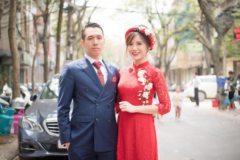 Tú Linh rạng rỡ bên bạn trai doanh nhân trong lễ ăn hỏi