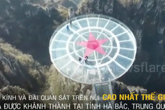 Cận cảnh cây cầu kính nguy hiểm nhất thế giới