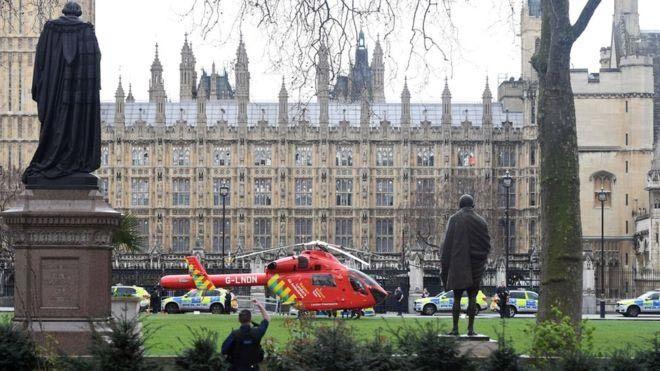 Anh, tấn công, khủng bố, tòa quốc hội, nổ súng ngoài tòa Quốc hội Anh