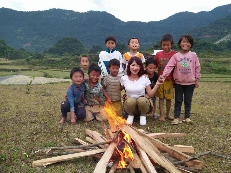 Cô giáo vùng cao, cô giáo, Tây Bắc, Hoa Ban