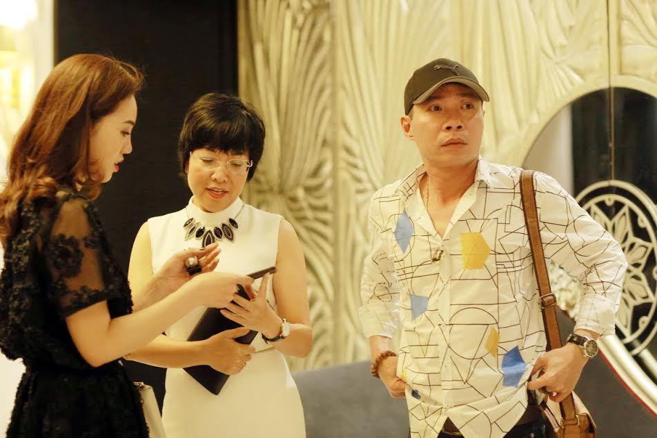 Tình mới của Công Lý thân thiết với MC Thảo Vân
