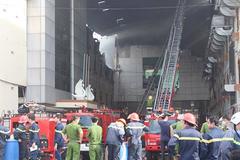 Cháy lớn bùng phát trở lại, thiệt hại hàng triệu USD