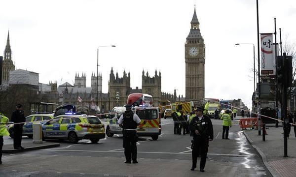 Toàn cảnh vụ khủng bố bên ngoài tòa quốc hội ở Anh