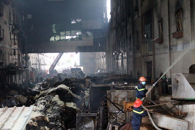 Cần thơ, cháy công ty may, cháy lớn tại cần thơ, khu công nghiệp Cần Thơ, hiện trường vụ cháy ở Cần Thơ