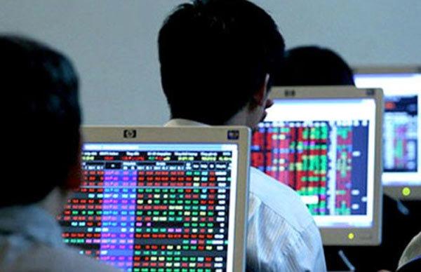 VN-Index, dự báo chứng khoán, cổ phiếu blue-chip, nhà đầu tư ngoại, dòng tiền đầu tư, thị trường chứng khoán, Vinamilk, Vietcombank