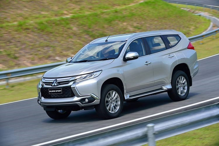 mẫu SUV, xe SUV, xe SUV ở Việt Nam, xe SUV cỡ vừa, giá xe SUV, xe SUV nhập khẩu
