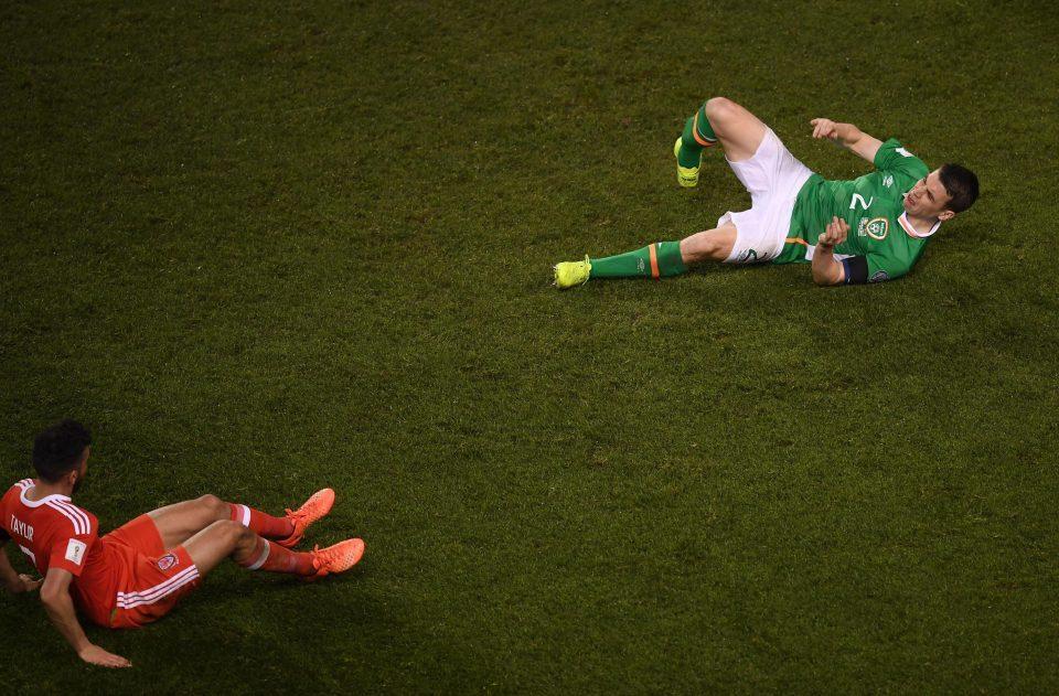 Hậu vệ Mourinho cực 'kết' gãy chân sau pha vào bóng ác ý