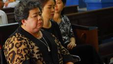 Những 'chiêu thức' lũng đoạn TrustBank của bà Hứa Thị Phấn