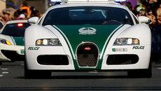 Xem siêu xe cảnh sát 'lao như tên bắn' trên đường