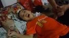 Người phụ nữ nghèo nhận nuôi bé gái mồ côi 11 năm bại não