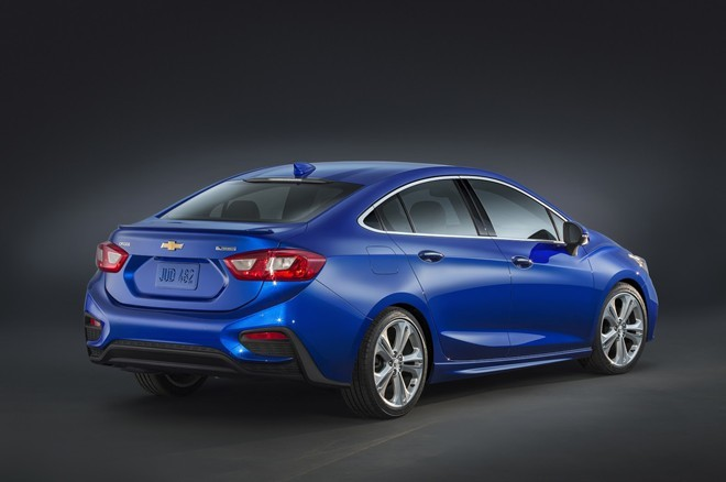 Những chiếc ô tô mới giá dưới 700 triệu nên mua hiện nay