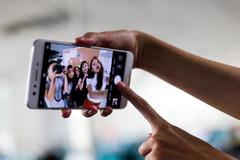 Camera selfie kép là tính năng đáng chú ý nhất trên Oppo F3 Plus