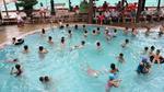 Ồ ạt nhập viện sau khi đi bơi, dùng bông ráy tai thường xuyên