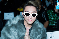 Sơn Tùng M-TP ăn mặc cực chất ngồi cạnh Seventeen