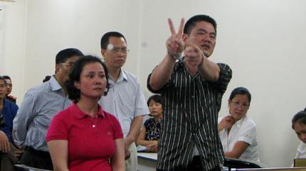 Cựu thiếu tá công an lừa báo Thanh Niên được giảm án