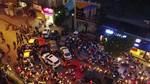 Dân Home City: Dùng ôtô chặn đường đòi đi 'cổng chính' về nhà