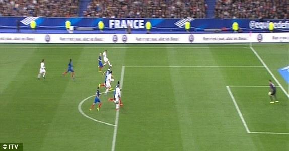 Tây Ban Nha khiến Pháp bẽ mặt ngay trên sân nhà