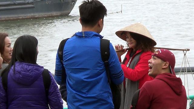 Hà Nội: Nhóm bán chuối 'chặt chém' khách Tây tái xuất