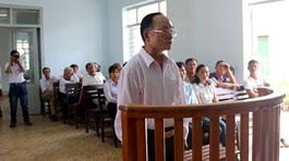 Nguyên Chủ tịch Hội Văn học Nghệ thuật ra tòa